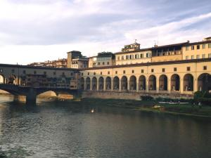 Ponte Vecchio- Welcome to my neighborhood!